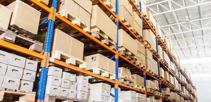 Regały metalowe – zalety zakupu
